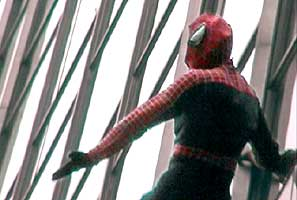 Click here to watch the Blockbuster Spiderman DVD Release Event